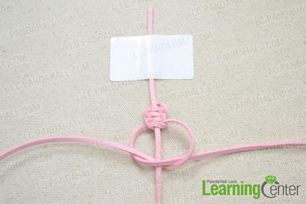 Tie 6~7 square knots