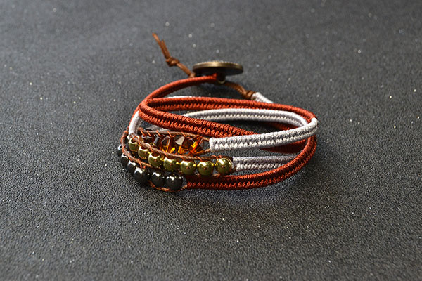 Now, here is the final look of this cord braided friendship bracelet: