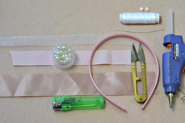 materials needed in DIY the pink ribbon headband