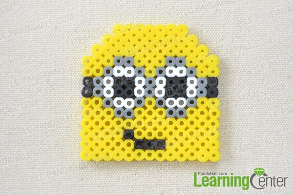 Make the head of the perler bead minion