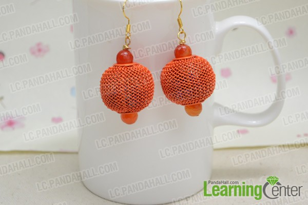 Finally the lantern-like ball earrings look like this: