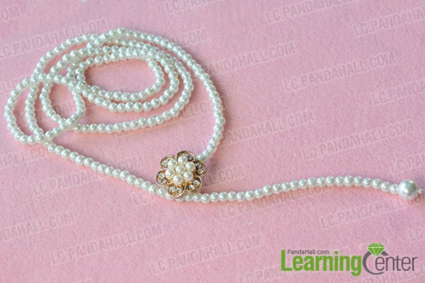 make the second part of the multi-strand white pearl necklace