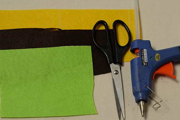 materials needed in DIY the Halloween lantern craft