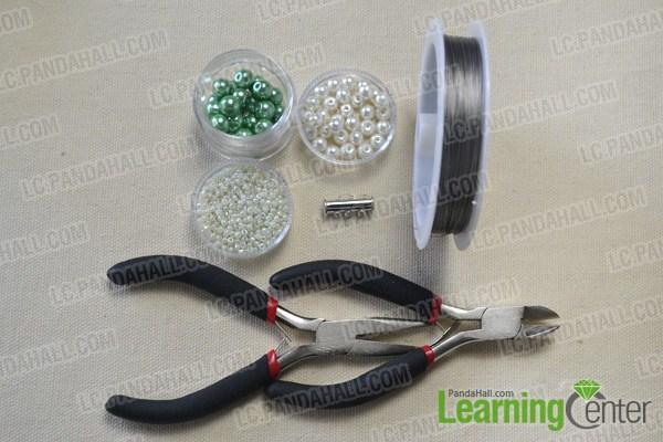 materials needed in DIY the green pearl bead bracelet