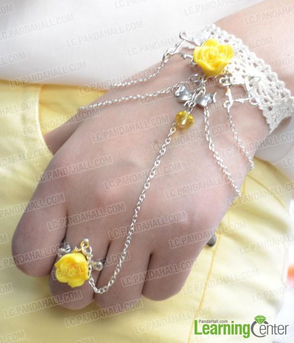 Fashion Jewelry Design On Making Hand Flower Slave