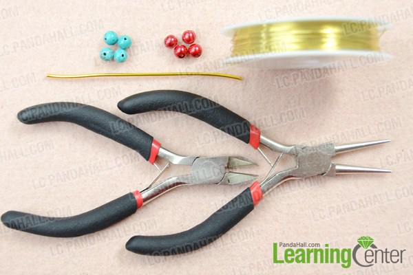 Materials on how to make a knot bracelet with beads