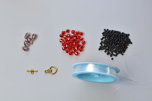 materials and tools needed in DIY the black seed bead bracelets