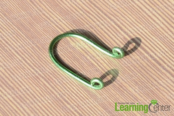 the cut aluminum wire with two loops in the end