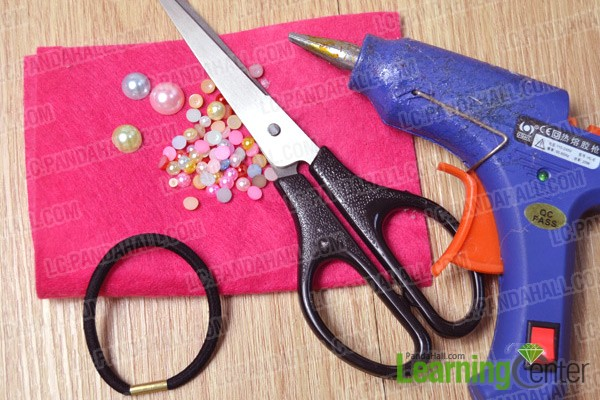 materials and tools for making felt flower hair ties