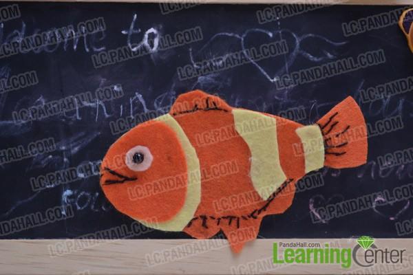Finally the felt Nemo brooch looks like this: