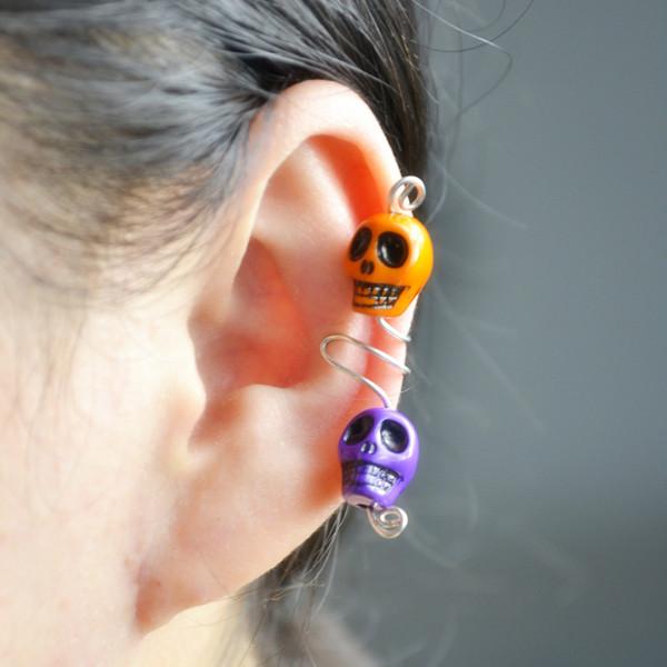 the final look of skull ear cuff