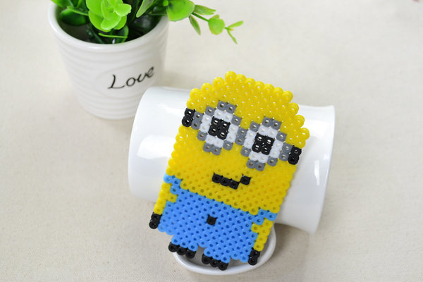 the final look of perler bead minion pattern