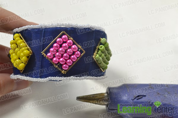 How to Make Recycled Beaded Cuff Bracelet Patterns at Home 4