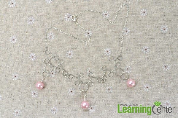 finish making this wire wrapped nacklace