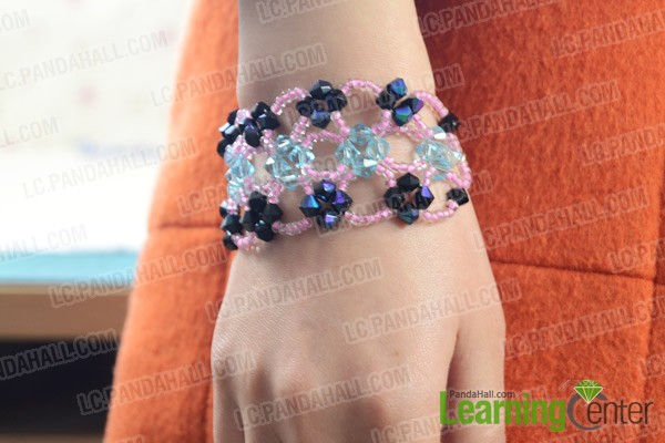 Finally the right angle weave bracelet looks like this:
