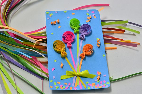 Done is my colorful quilling paper balloons blessing card!