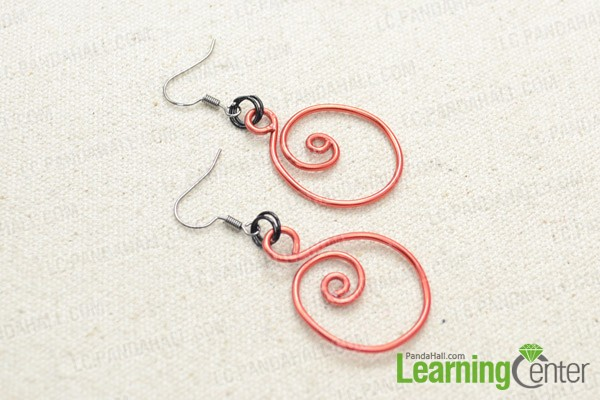 Finally the spiral wire earrings look like this: