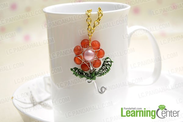 finished rose flower pendant with beads and wire