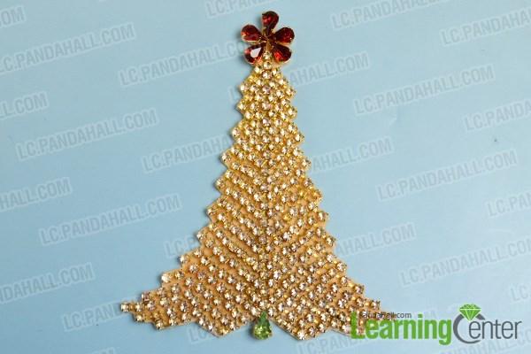 Step 4: Finish the Christmas felt tree