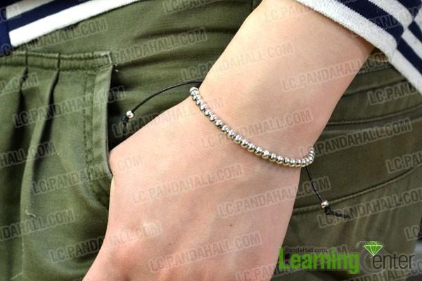 the finished cool bracelet