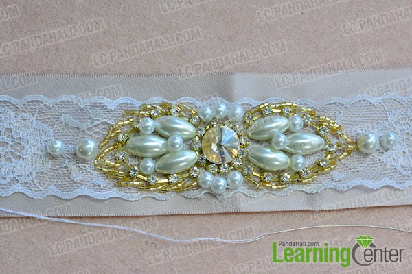 make the fourth part of the ribbon waist belt with pearl beads