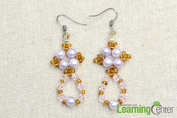 the completed beaded wreath drop earrings
