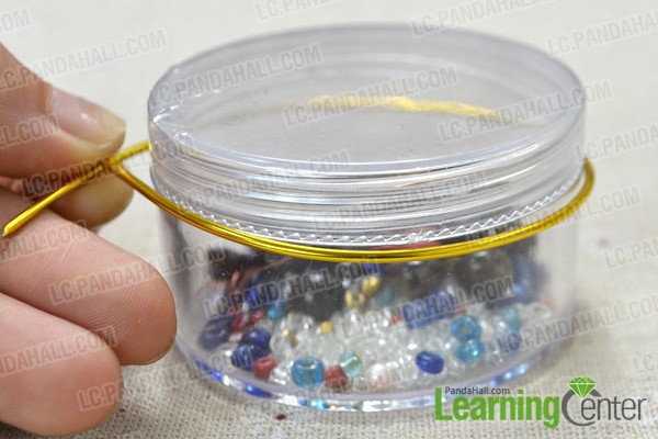 make 3 circles as wire bangles with cylinder objects