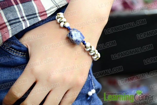 finished Chinese-style bracelet with 2 strings
