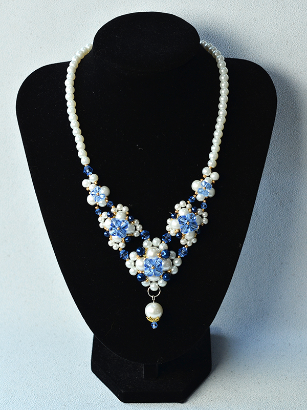 finished pearl bead flower pendant necklace: