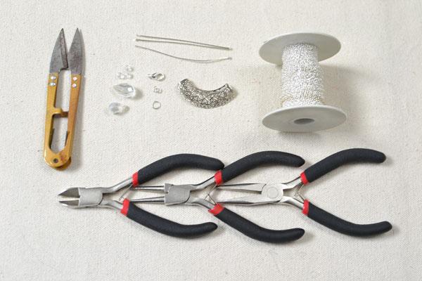 comment faire un collier avec pendentif de perles henry craft jewelry. Black Bedroom Furniture Sets. Home Design Ideas