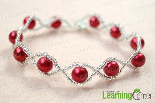 the integrate red pearl bracelet