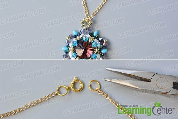 Add a gold chain to the flower beaded pendant