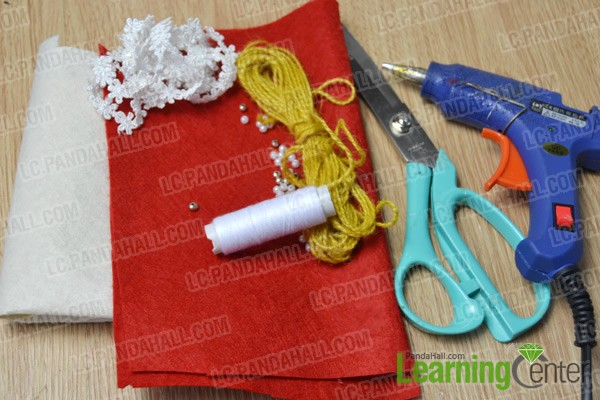materials and tools for making a gloves pendant necklace