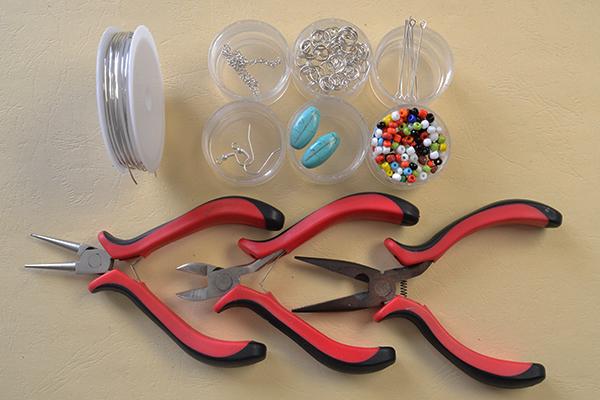 materials needed in DIY the black seed bead hoop earrings