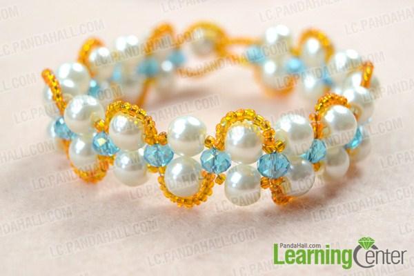 finish  double strand pearl bracelet