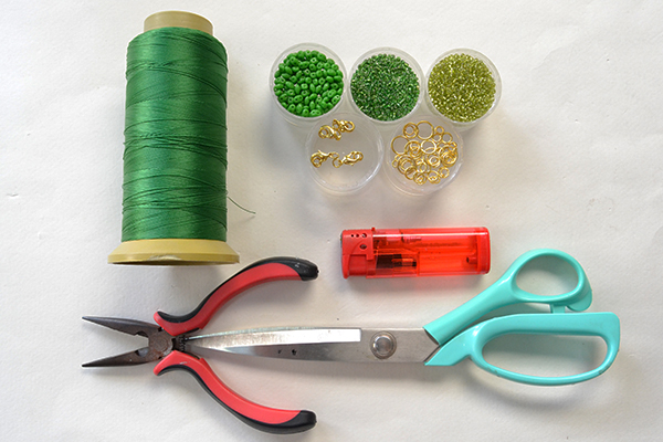 Supplies needed for this chic green 2-hole seed beads bracelet: