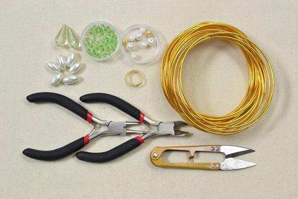 materials needed in DIY the wrap around bracelet