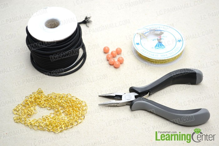 Supplies needed for making the elastic bracelet