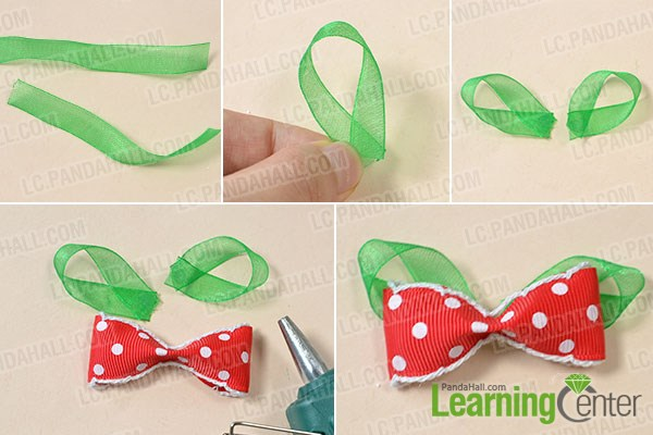Make red and green ribbon bow