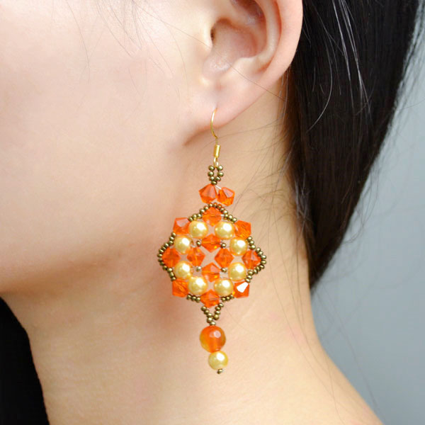 the final look of the handmade beaded dangle earrings designs