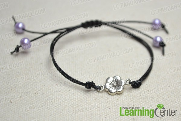 Finally the black leather bracelet looks like this: