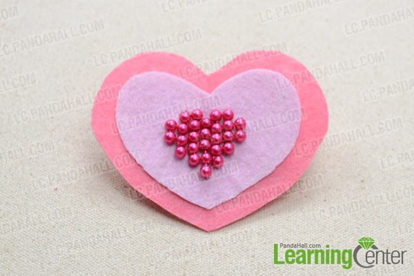 Then felt heart brooch is done: