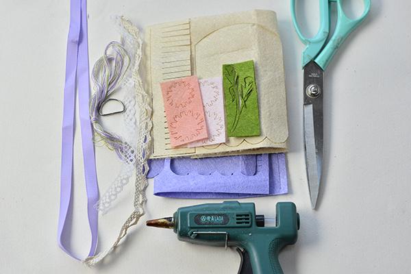supplies needed in making the handmade purple felt purse