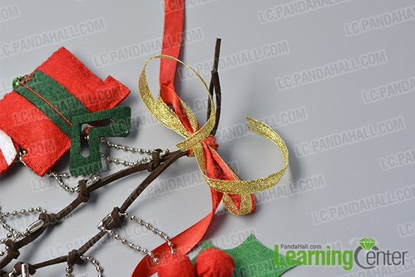 Complete the Christmas hanging decoration