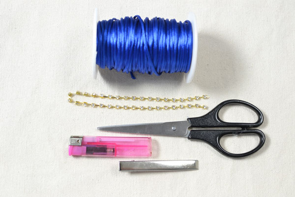 Materials you need in this thread braided bead bracelet: