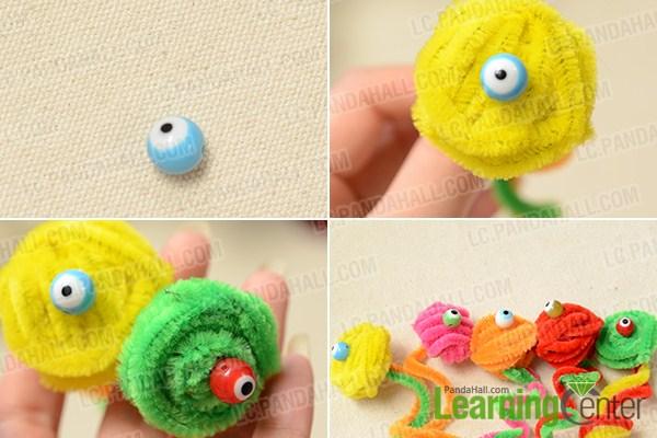 make eyes for the Halloween chenille cobra craft
