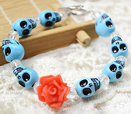 How to Make an Easy Turquoise Skull Bracelet for Girls