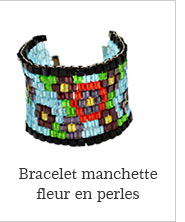 Bracelet manchette fleur en perles